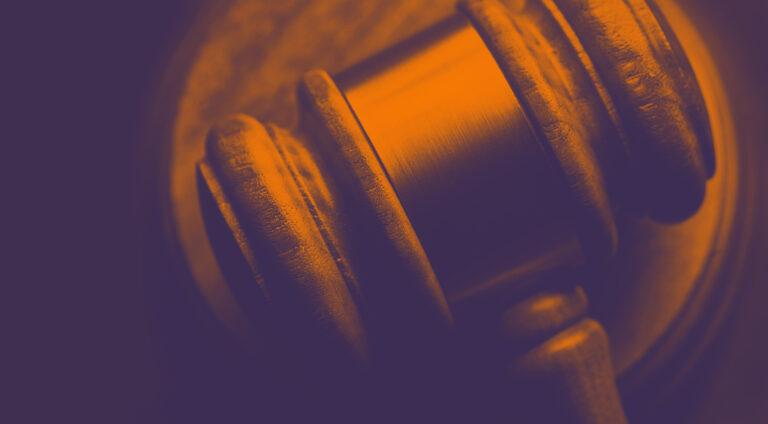 Imagem estilizada da justiça ou leis
